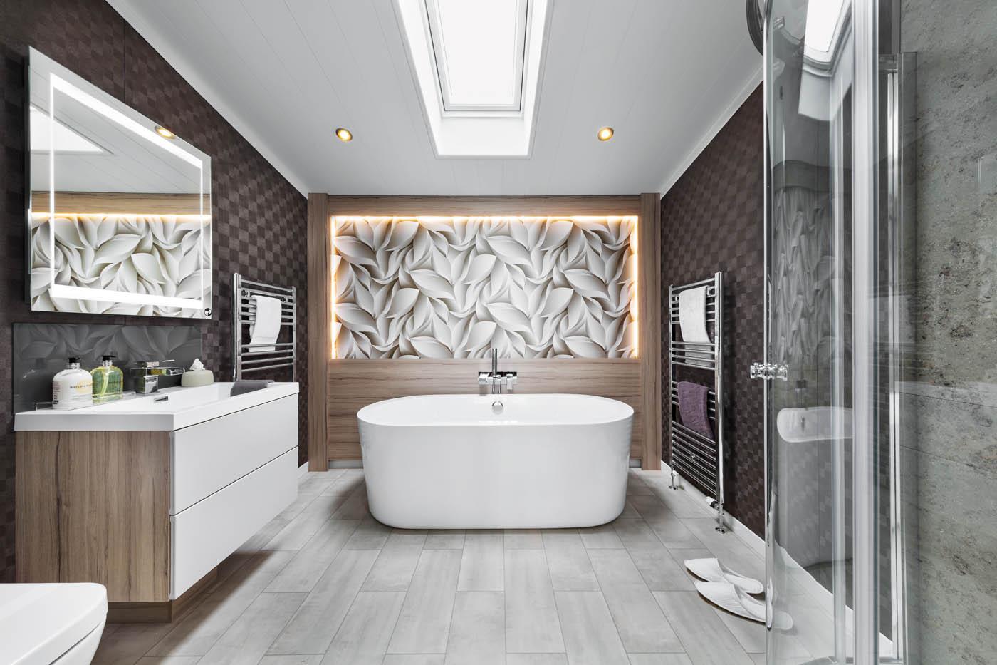 INT-Whistler-Lodge-En-Suite-Bathroom-SWIFT